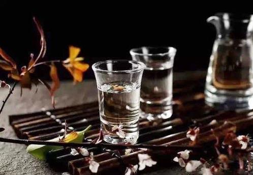 2019酒大数据:酒果然是个好东西,喝醉了知己厌世自嘲皆相宜