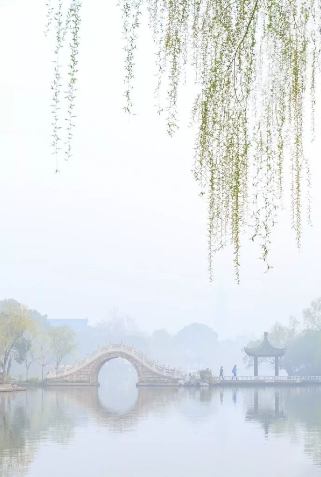 每日詩詞-酬乐天扬州初逢席上见赠·刘禹锡